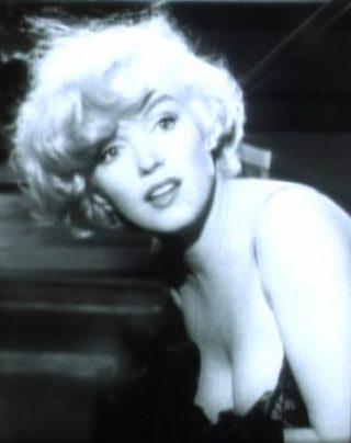 Marilyn_Monroe_in_Some_Like_it_Hot