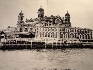 ellis island 1903 circa